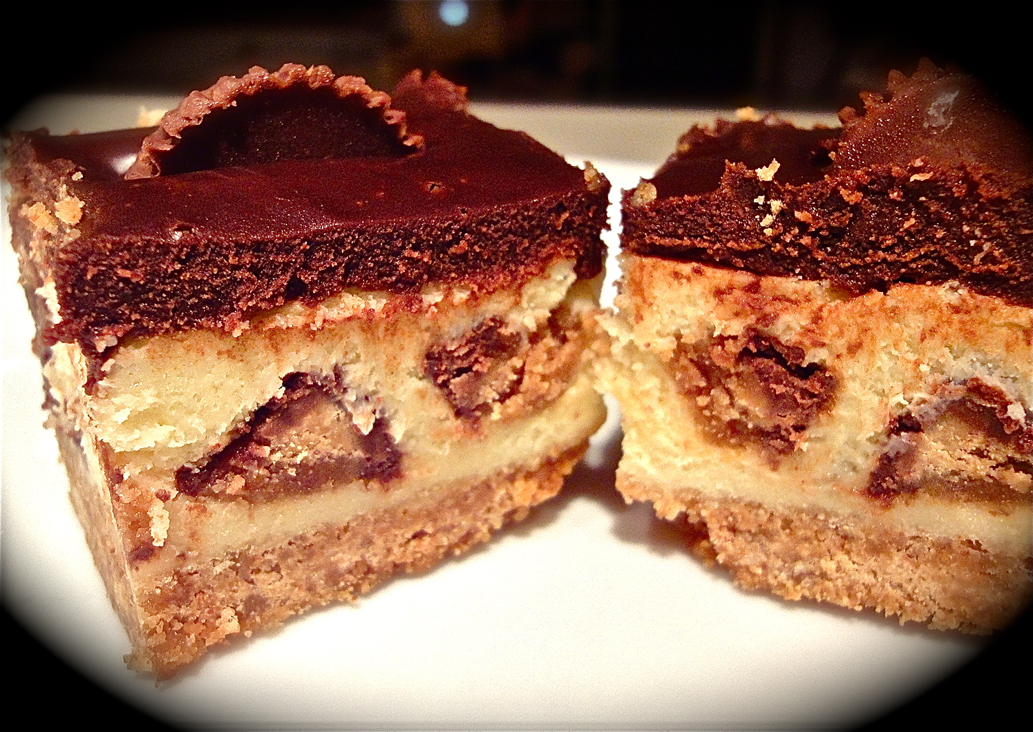 Peanut Butter Cup Cheesecake Bars | The Refined Palate